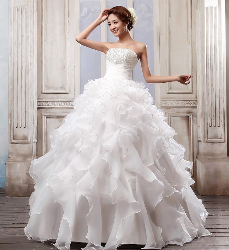 ZDOBENÉ svatební bílé šaty c25109216a